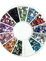 600pcs 2x2mm Carré Arcylic Dimond Nail Art Décorations