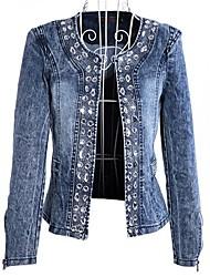 женские бусы джинсовой куртке