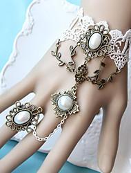 Handmade Forrest Princess White Lace Classic Lolita Pulsera con anillo