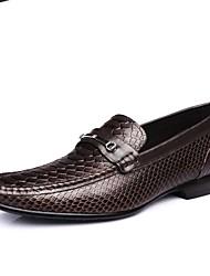 Zapatos de Hombre Mocasines Boda / Oficina y Trabajo / Fiesta y Noche Cuero Negro / Marrón