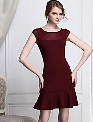 Frauen-Weinlese-Kleid mit Rüschen Saum