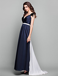 Prom / Formal Evening / Military Ball / Black Tie Gala Dress - Elegant Plus Size / Petite Sheath / Column V-neck Sweep / Brush Train Satin
