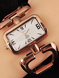 minimaliste montre de quartz de mode de magnifiques femmes