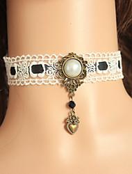 Hecho a mano la perla blanca pura Lolita dulce Collar con encaje blanco