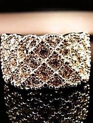 Bague en or diamant poupée chanceuse des femmes