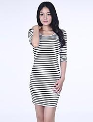maniche strisce nere-bianco delle donne haoduoyi® v-collo backless metà vestito