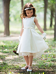 Sheath/Column Knee-length Flower Girl Dress - Silk
