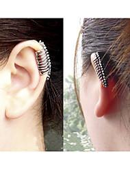 le punk touche la colonne vertébrale de lala femmes non percé clip oreille unique