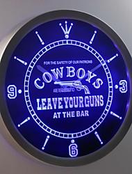 nc0365 Cowboys lassen Ihre Waffen an der Bar Bier Leuchtreklame LED-Wand Uhr