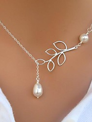 Women's European Fashion Leaf Imitation Pearl  Alloy Skinny Pendant Necklace (1 Pc)