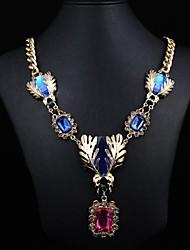 кристаллов ожерелья жука женщин