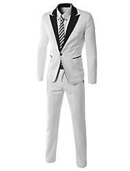 style coréen costume de correspondance des couleurs des hommes