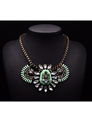 MS LUXURY Women's Flower Pattern Crystal Necklace