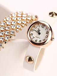 sieben Mädchen Frauen alle Casual Diamante Armbanduhr übereinstimmen