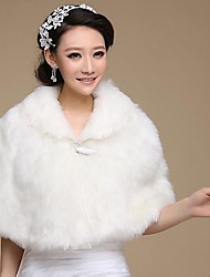 Fur Wraps / Wedding  Wraps Capelets Faux Fur Ivory Wedding / Party/Evening