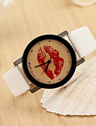 Wanbao Frauen einfach Lippen Armbanduhr