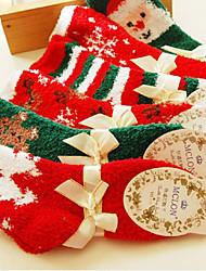 la moda y la serie calcetines lindos de la navidad (color al azar)