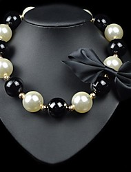 Luxury Elegance Black White Pearls Bow Bowknot Necklace(1 pc)