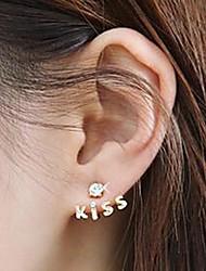 manquer tous millésime correspondant baiser lettre boucles d'oreilles de femmes u