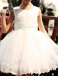 la mode de la robe sans manches papillon ronde collier élégance mignon d'enfant morveux