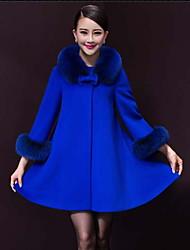 Peach John Women's Long Sleeve Slim Fashion Fur Collar Thicken Elegance Overcoat