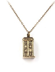 Unisex Mysterious Doctor Classics Time Machine House Shape Pendant Necklace(Golden,Silver)(1 Pc)