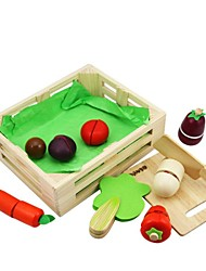 BENHO Rubber Wood Vegetable Set Wooden Role Playing Toy