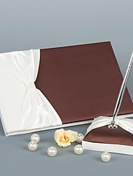 """Livro de Convidados / Caneta Chocolate 8 1/3""""×6 1/3""""(21cm x 16cm)1 página é para o nome da noiva e do noivo1 página é para a familia da"""