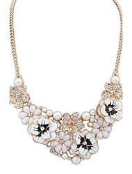 Women's Europe and the United States and fresh flowers sweet pearl necklace