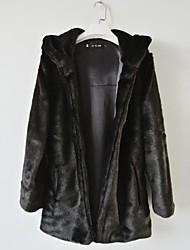 abrigos de piel chaquetas de piel sintética con capucha de manga larga negro / blanco