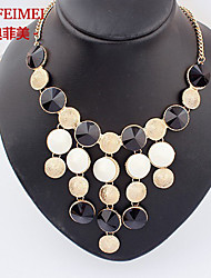 European and American Crystal Gemstone Necklace