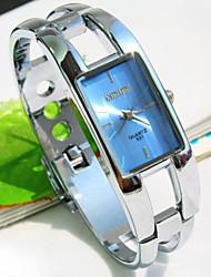pulsera de moda exquisita de las mujeres reloj del dial de plaza (colores surtidos)