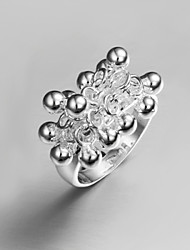 2016 Hot Sale Grape Noble Women 925 Sterling Silver Statement Ring