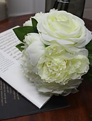 белая роза с Бонч 7 цветов для свадебного цветка