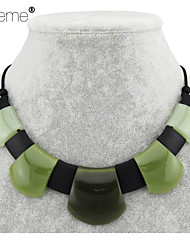Lureme®   Vintage Style  Resin Imitation Jade  Square Alloy Necklace