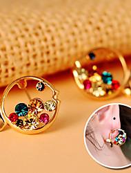 Fashion Bright Clownfish Style Rhinestone Piercing Ear Stud Earring Jewelry Gift (Random Color)