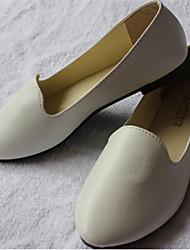 toe pointed sapatos baixos das mulheres casuais; marrom / vermelho / bege / preto / branco