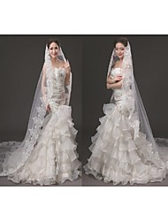 Wedding Veil One-tier Cathedral Veils Lace Applique Sequin Edge
