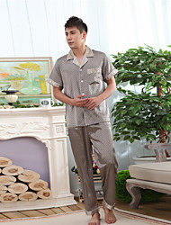 les hommes polyester / satin loisirs shotr sleeve pyjama moyenne