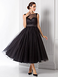 Formal Evening Dress - Plus Size / Petite A-line / Princess Bateau Tea-length Tulle