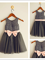 A-line Knee-length Flower Girl Dress - Lace / Tulle Jewel with