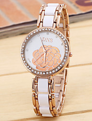flor de diamante pulseira de silicone chinês movimento do relógio tira de aço com as senhoras de silicone (cores sortidas)