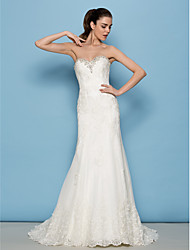LAN TING BRIDE Sheath / Column Wedding Dress Floral Lace Sweep / Brush Train Sweetheart Lace with Appliques Beading