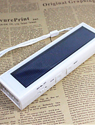 3 in 1 solar dynamo digitale FM-radio met 4-LED-zaklamp multifunctionele radio