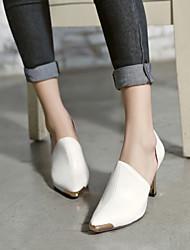 Chaussures Femme - Bureau & Travail / Habillé / Décontracté - Noir / Rouge / Blanc - Talon Aiguille - Talons / Bout Pointu - Talons -