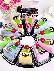 Cake-Shaped Hand Towel Fake Dessert Towel Decoration Wedding Favors (Random Color)
