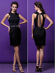 vestido de cóctel del regreso al hogar - vaina negro / columna joya corto / mini satinado