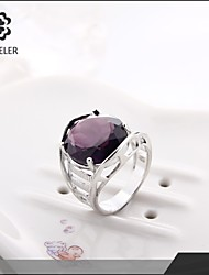 Sjeweler Girls Latest Platinum Plated Green Big Stone Ring