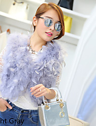 Turkey feather v-neck sleeveless vest vest short cape fur coat