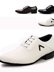 Men's Shoes Wedding/Office & Career/Party & Evening Faux Leather Oxfords Black/Brown/White